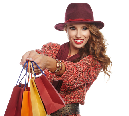 Herfst vrouw met boodschappentassen Stockfoto