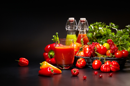 refreshment: healthy vegetable juices for refreshment and as an antioxidant .