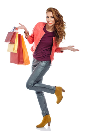 chicas de compras: Photo of young sexy woman with shopping bags