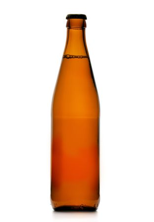 single beer: Single beer bottle isolated over a white background