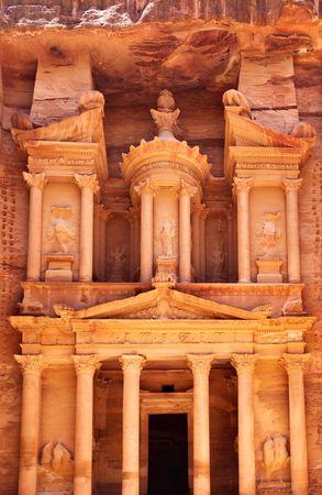 grand canyon: Treasury temple at Petra (Al Khazneh), Jordan Stock Photo