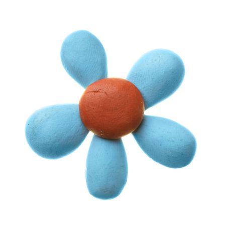 Knetmassen-Blume, die über dem weißen Hintergrund isoliert