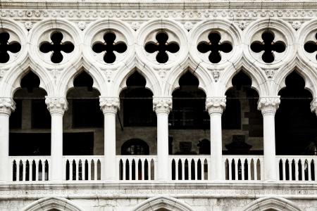 italian architecture: Colonnade of Doge