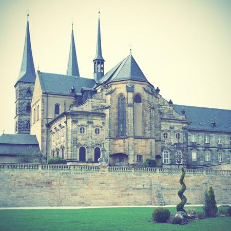 benedictine: Antiguo monasterio benedictino en Bamberg, Alemania. Estilo retro filtred