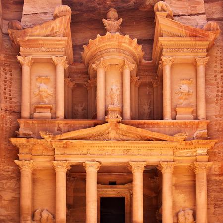 treasury: Treasury in Petra (Al Khazneh), Jordan
