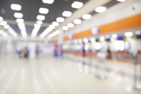 contadores: El check-in en los mostradores del aeropuerto - Fondo Desenfocado
