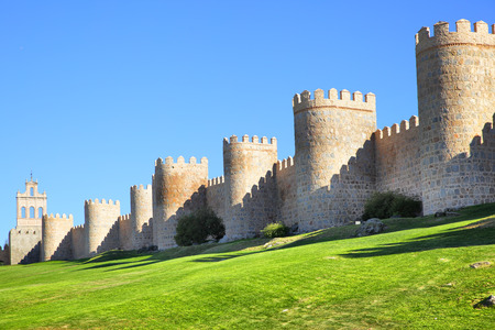 Medieval city walls of Avila, Spain Reklamní fotografie - 46160224