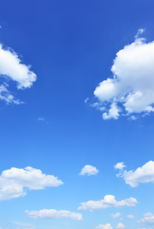 himmel hintergrund: Blauer Himmel und Wolken, natürliches Foto Hintergrund