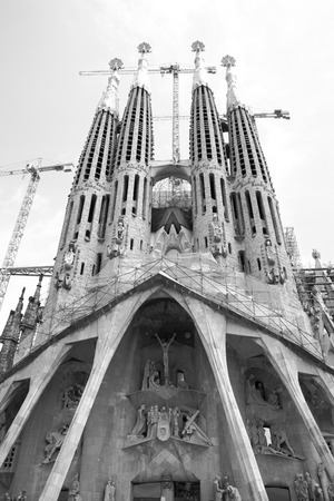 Barcelona, Spain - June 09, 2011: The La Sagrada Familia cathedral by Antoni Gaudi in Barcelona. Black and white image Reklamní fotografie - 85149959