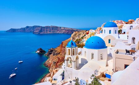 View of Oia town in Santorini island in Greece -- Greek landscape Imagens