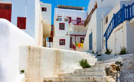 Street in Mykonos town. Greece,  Greek architecture, cityscape Standard-Bild