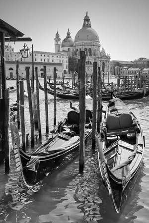 Gondolas on Grand Canal in Venice, Italy. Black and white venetian view 版權商用圖片