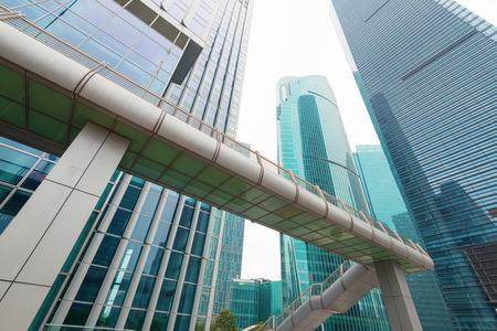 上海の大都市の近代的なオフィスビル 写真素材