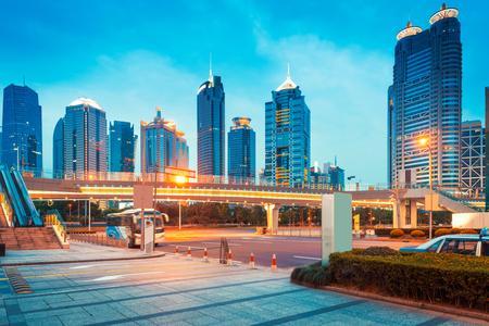 上海の陸家嘴金融センターの夜景