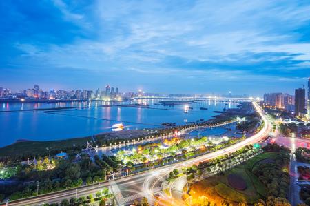 中国上海市浦東金融地区の航空写真