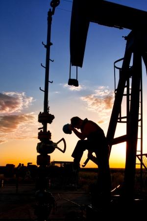 recursos naturales: T�cnica para el aceite en un paisaje Foto de archivo