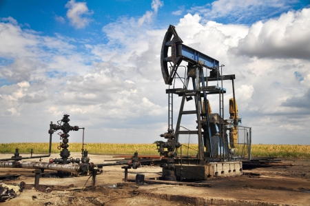 Oil pump jack photo