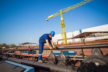 chantier naval: travailleurs des chantiers navals Banque d'images