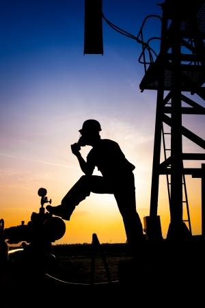 Olie werknemer silhouet