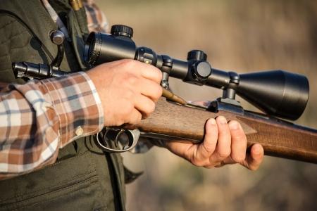 fusil de chasse: plein fusil de chasse de chasseur