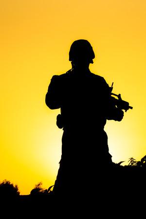 soldat silhouette: Soldat silhouette