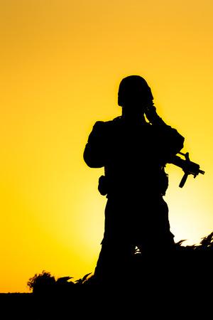 silhouette soldat: Soldat silhouette
