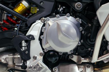 Gros plan du moteur de moto