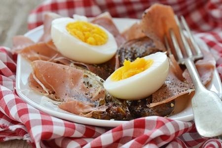 andijvie: rode witlof eieren en hamon warme salade