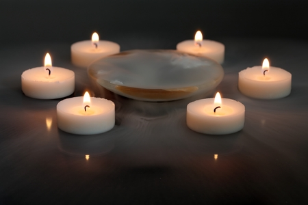 dolor: Candles in the mist