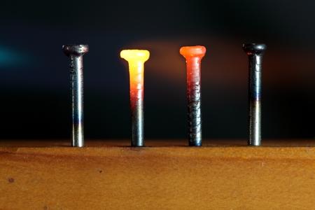 nails: Glowing Nails