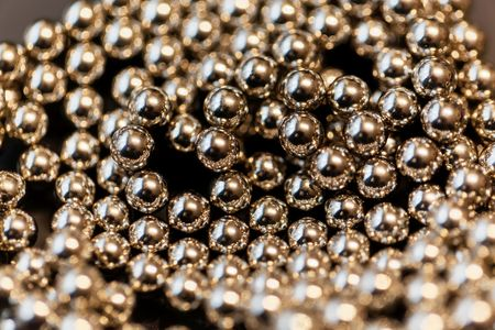 Abstract with small steel balls as texture or background. Imagens - 94540671