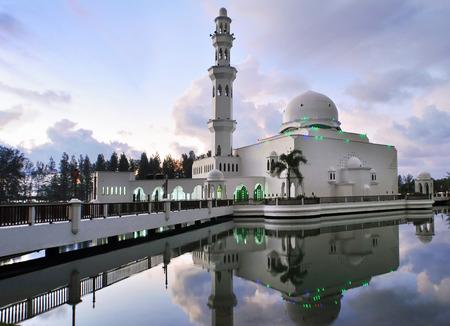 kita: Masjid Terapung, Kuala Terengganu Stock Photo