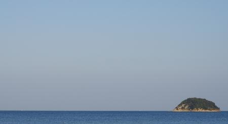 島、水平線と空