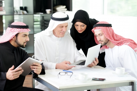 Muslim business at work 스톡 콘텐츠