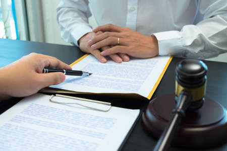 The lawyer will advise and advise on the case of trade registration, corruption, and prepare documents for clients.