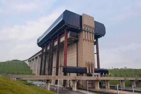 lift lock: Belgium, 04-03-2013,Strepy-Thieu boat lift on the Canal du Centre, Belgium