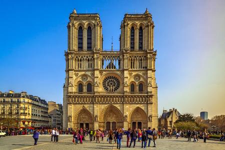 notre: Notre Dame