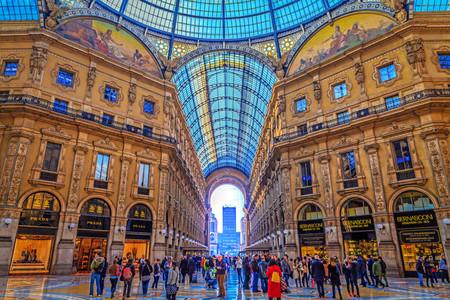 vittorio emanuele: Milan