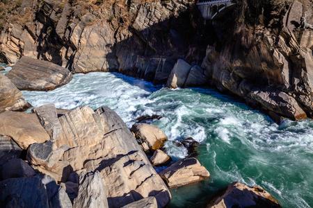 shangrila: Shangri-La in Yunnan Tiger Leaping Gorge Editorial
