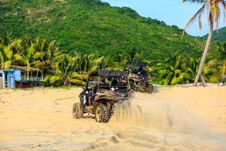 China's Hainan Nanwan Monkey Island Colorful Beach ATV 新聞圖片