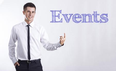 イベント - 本文 - 水平方向の画像を指して笑顔きしゃ 写真素材