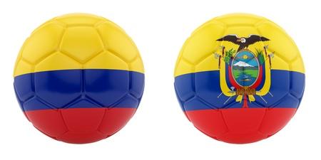 rinde de dos balones de f�tbol con banderas de Colombia y Ecuador