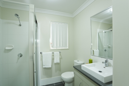 New modern bathroom in australian townhouse Stock Photo - 16791285