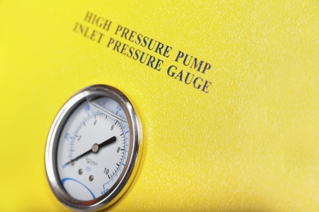 depth measurement: High pressure pump gauge Stock Photo