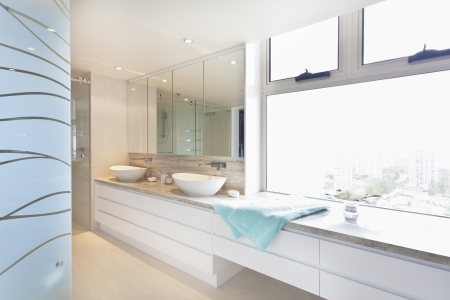 Modern twin bathroom with view Stock Photo - 18427005