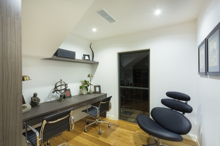 Modern home office in luxury home Stock Photo - 18432876