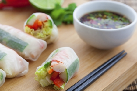 Rice paper rolls with prawns and dipping sauce Stock Photo - 18999468