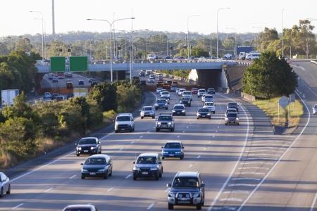 Drukke Australische snelweg op piekuren Stockfoto