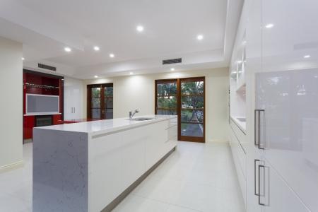 New modern minimalistic kitchen Stock Photo - 23727641