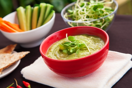 Sunflower guacamole dip with vegetable strips